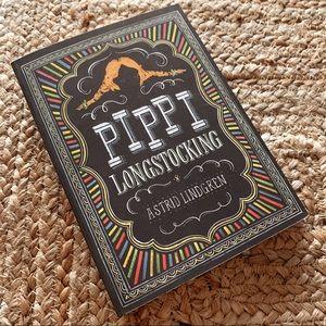 PAPERBACK Pippi Longstocking Puffin Penguin books